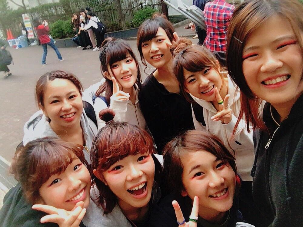 Selfie of a group of girls